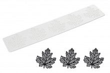 Sweet Lace Mat: Maple Leaf