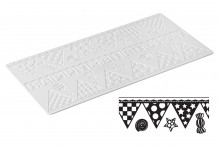 Sweet Lace Mat: Bunting